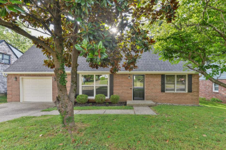 4306 Lochridge Pkwy, Louisville, KY 40299 (MLS# 1538214)