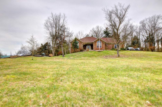 104 Creekview Dr, Taylorsville, KY 40071 (MLS#1526924)