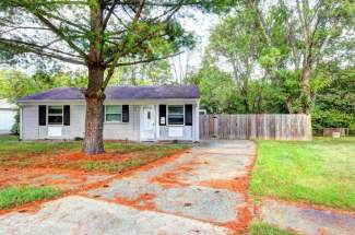 5401 Carling Ct, Louisville, KY 40272 (MLS#1545572)